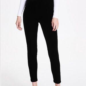 Calvin Klein black velvet stretchy leggings m/l